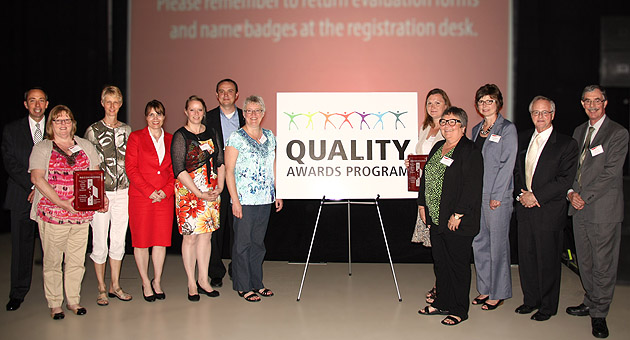 Non-emergent patient transportation project team members accept the SW LHIN Quality Award