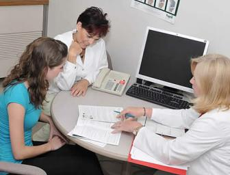 Reviewing information in the preadmission clinic